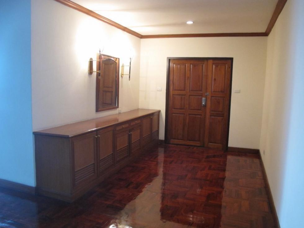 Sriratana-Mansion-2-3br 9