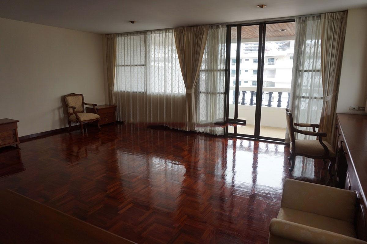 Sriratana-Mansion-3br-1