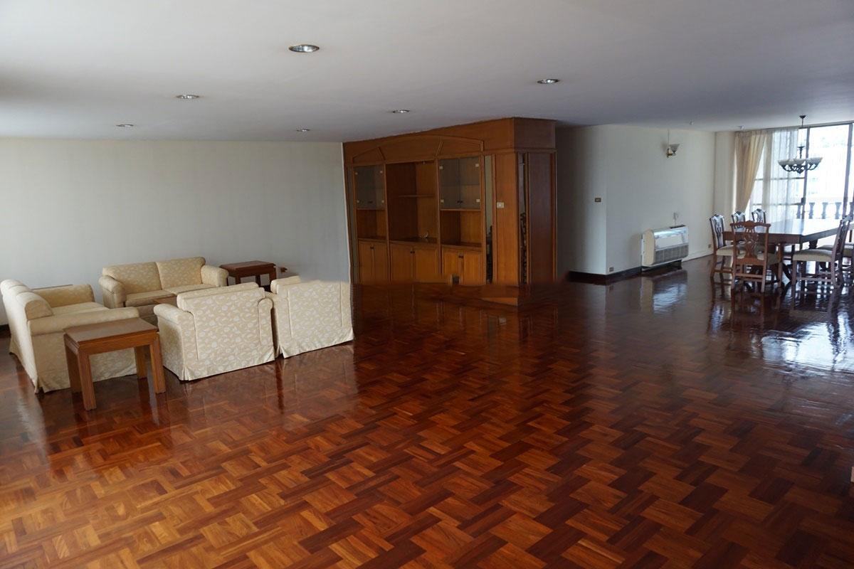 Sriratana-Mansion-3br-11