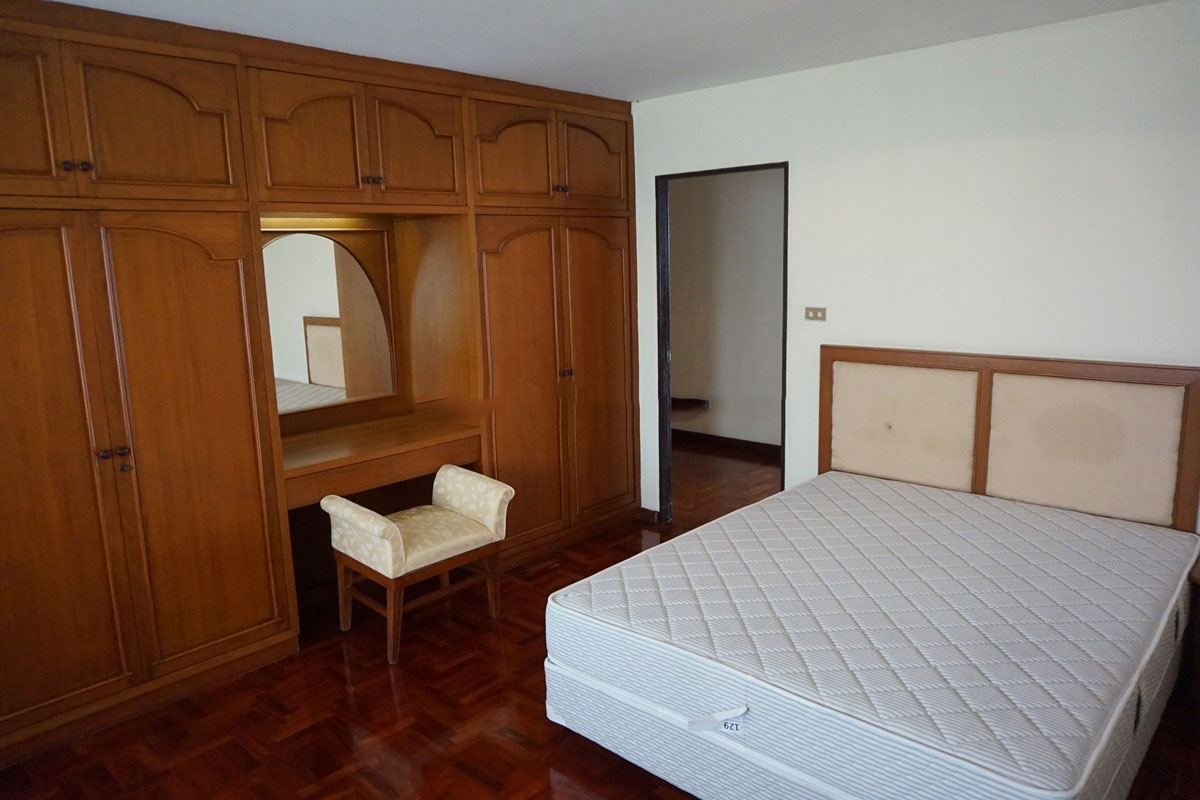 Sriratana-Mansion-3br-3