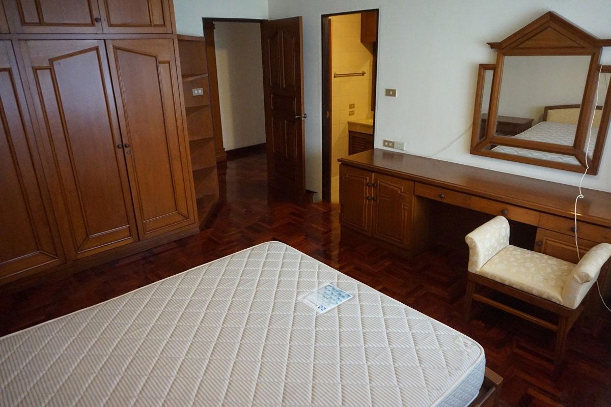 Sriratana-Mansion-3br-5