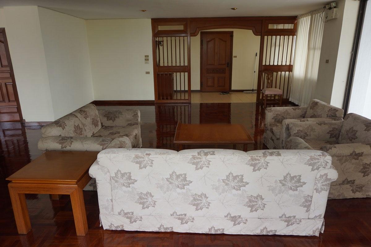 Sriratana-Mansion-4br-2