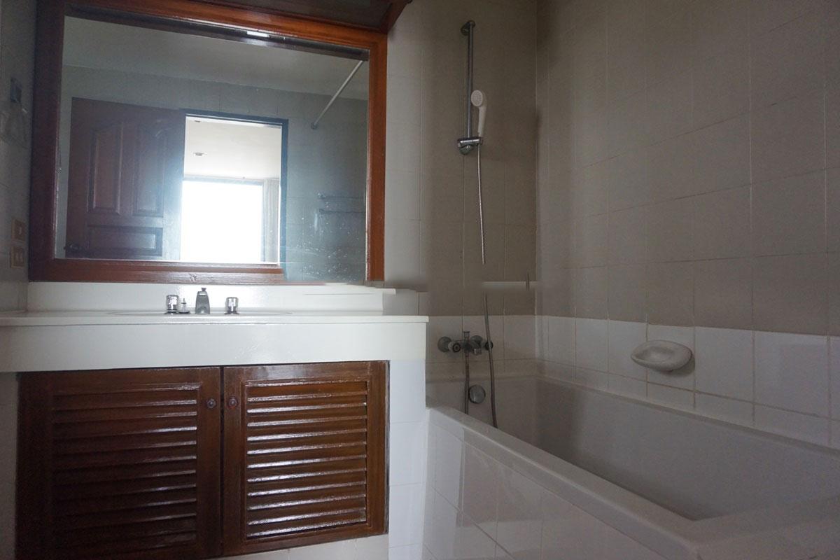 Sriratana-Mansion-4br-3